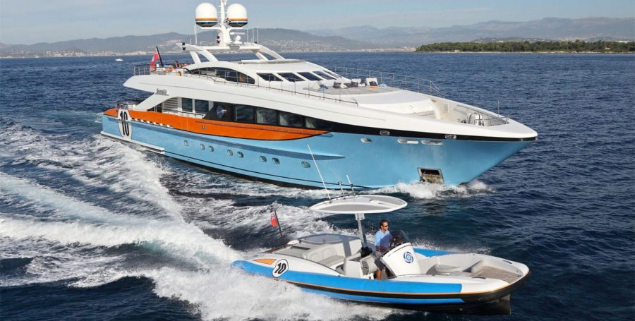 AURELIA yacht for charter