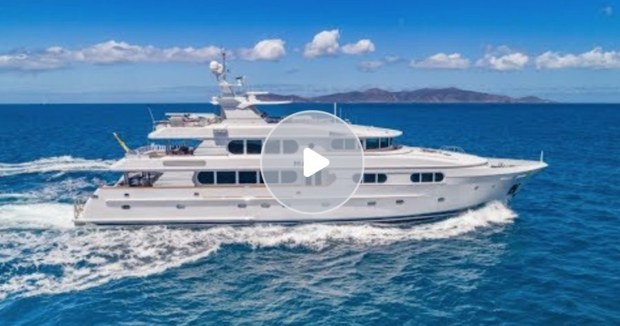 M/Y Magic 130 For Charter